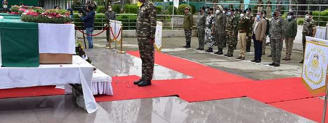 CRPF pays rich tribute to jawans killed in militant attack in Sopore