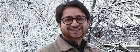 Will not compromise, will stick to facts, Kashmiri journalist on FIR