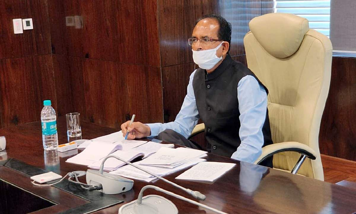 Shivraj forms his council; five ministers sworn in