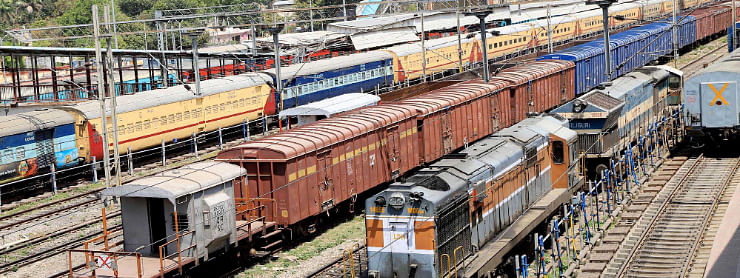 COVID-19 lockdown: Railway, flight services cancelled till May 3