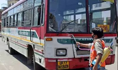 Odisha to send special buses to bring back workers stranded in Gujarat