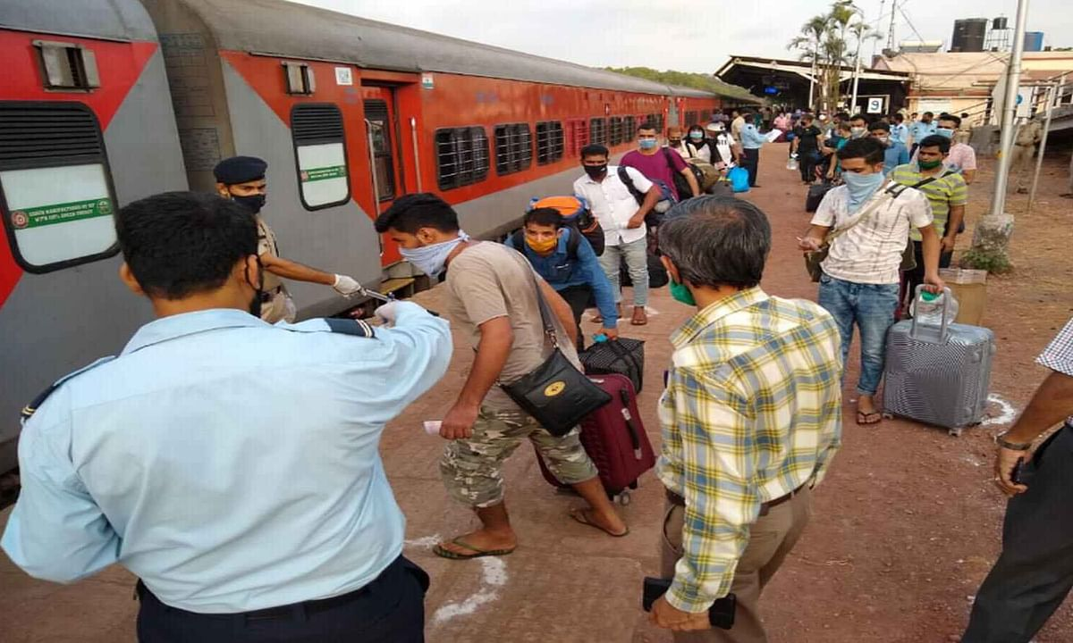 2nd special train with 1055 migrant workers leaves for Udhampur