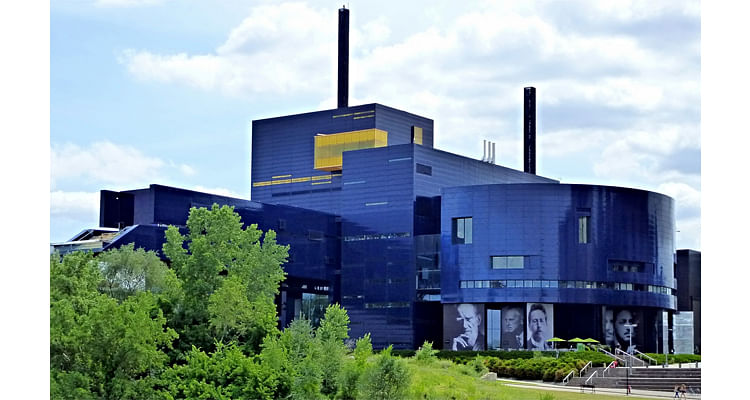 The Guthrie Theater, United States (2006)