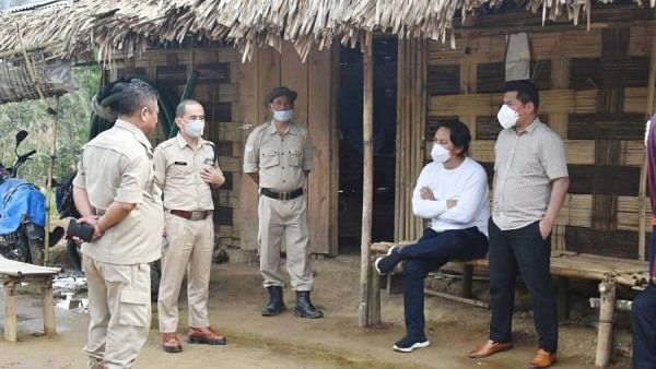 Manipur: Minister inspects police stn, border areas