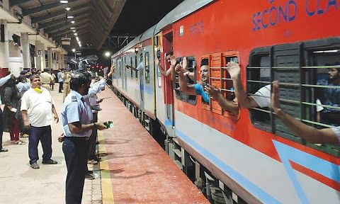 2nd train carrying 728 passengers leaves for Udhampur