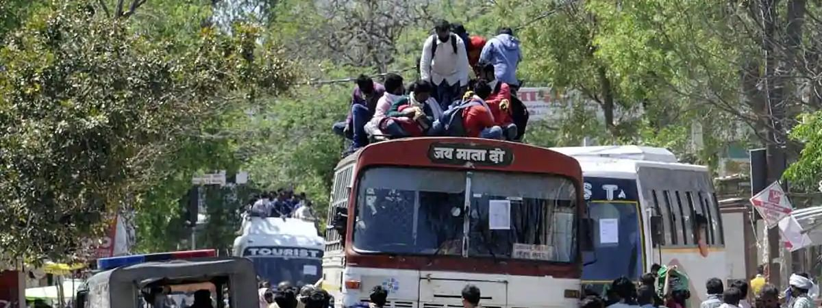 UP arranges for 10K buses, 50K health team for migrant workers