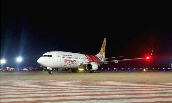 First AI flight lands at Kannur Intl Airport carrying expatriates from Dubai