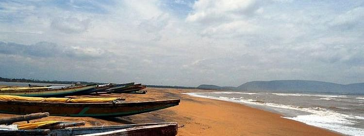 AP govt to construct 8 fishing harbours for Rs 3000 cr