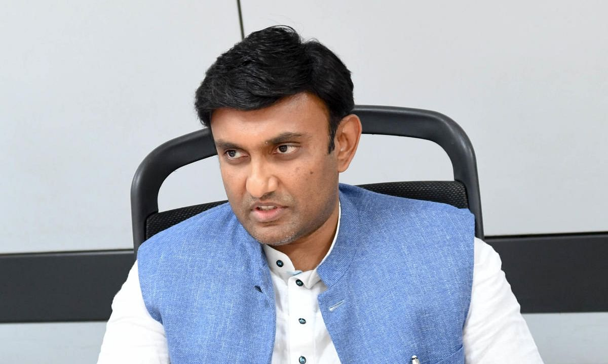 No trace of community spread of pandemic in K'taka: Min
