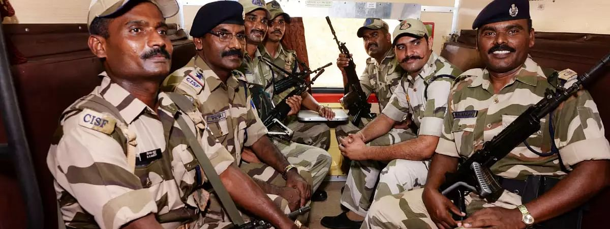 Lockdown: CISF, CRPF reinforcement comes to aid of Mumbai police