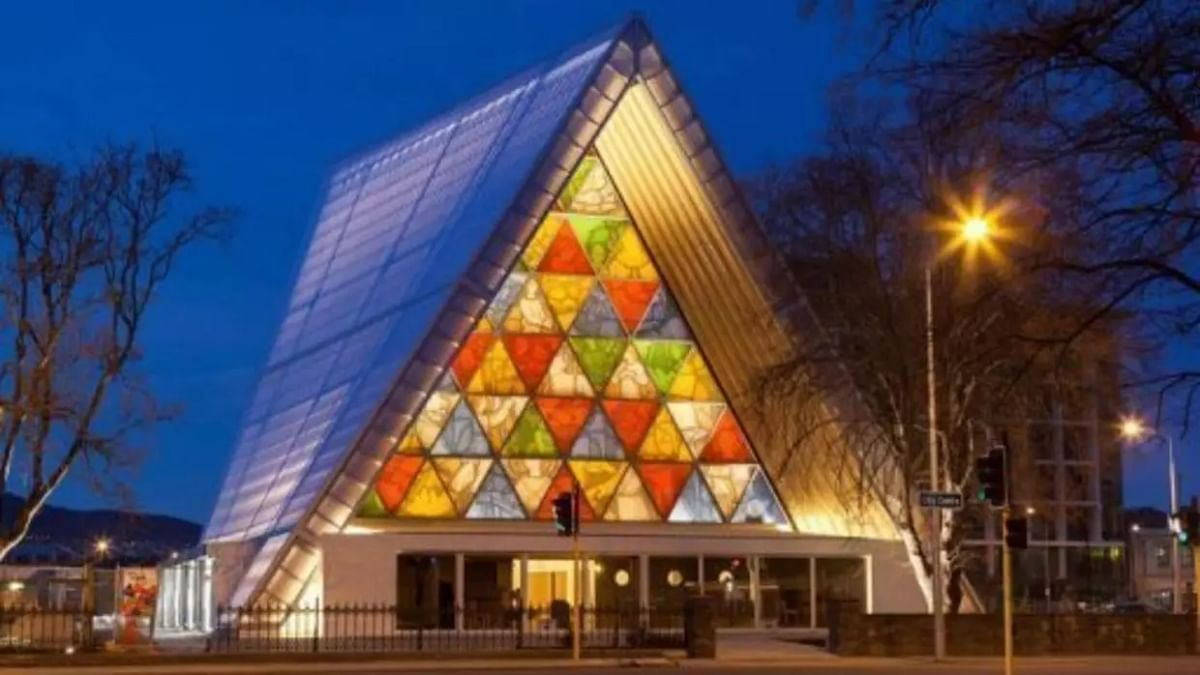 Cardboard Cathedral, New Zealand(2013)