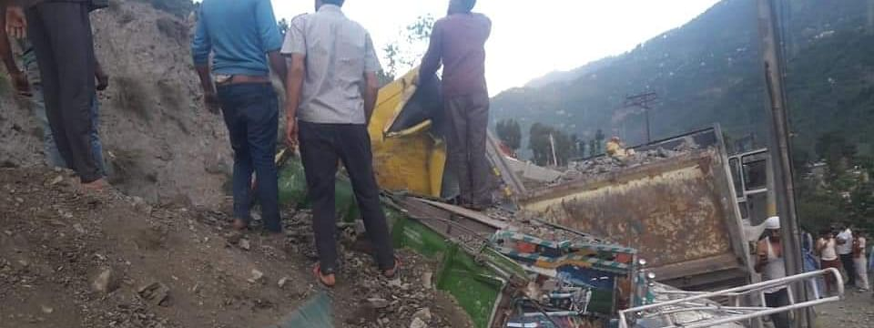 Two killed, six injured, one rescued alive in Ramban landslide incident