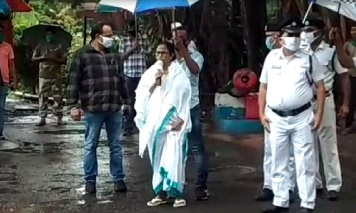 Mamata visits PTS and assures all help, Rs 1 lakh to Combat personnel falling sick