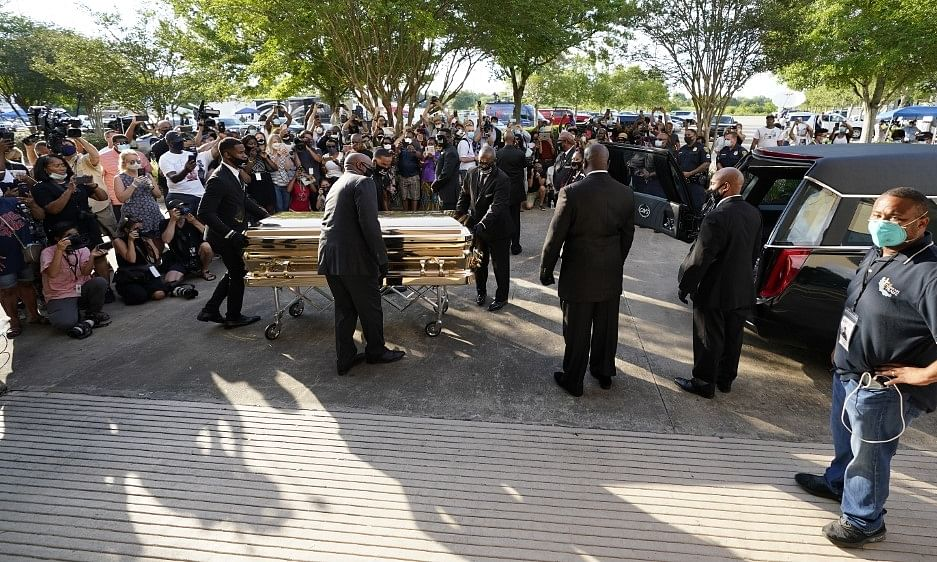 Over 6,000 gather in Houston to pay respects to George Floyd before burial