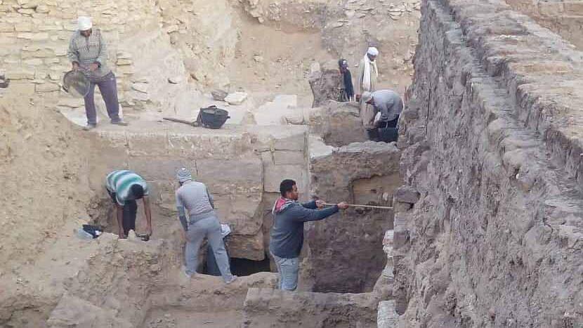 মিশরের সাক্কারায় প্রায় ৩০০০ বছরের পুরোনো সমাধিস্থল আবিষ্কার