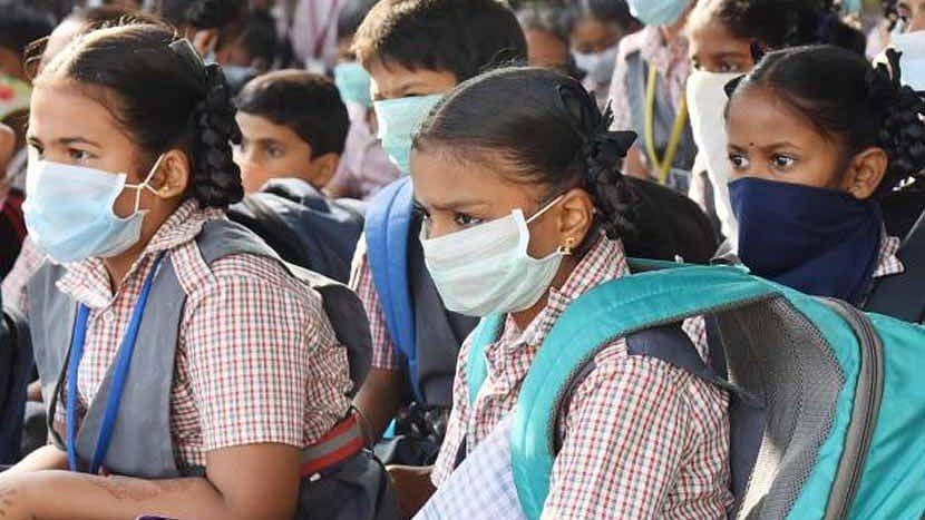 বাচ্চারা করোনাকে ভালো প্রতিরোধ করতে পারবে, প্রাথমিক স্কুল চালু করার পক্ষে ICMR