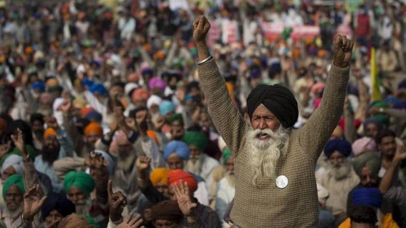 Farmers protest: আন্দোলনকারী কৃষকরা সীমান্তেই বৈশাখি ও সংবিধান বাঁচাও দিবস পালন করবেন
