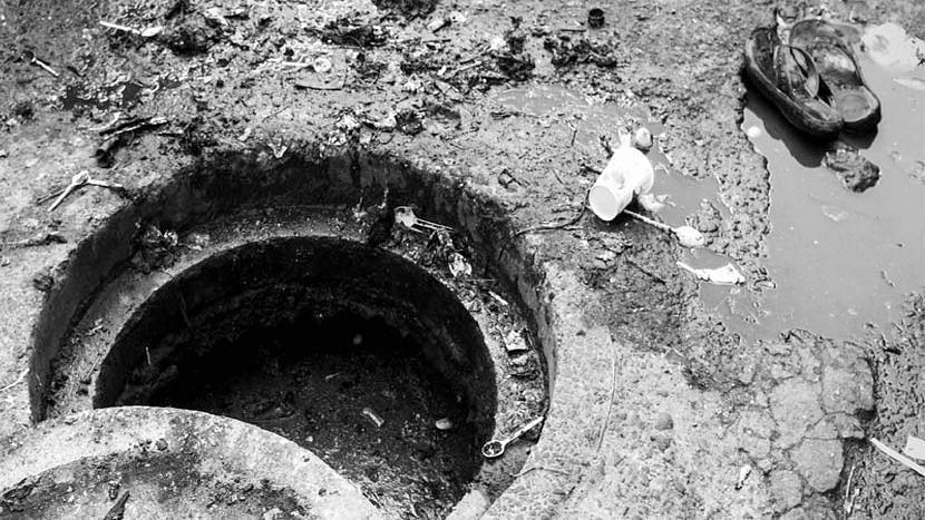 ৪ দিনে ৪ নর্দমা সাফাইকর্মীর মৃত্যুতে কাঠগড়ায় তামিলনাড়ু সরকার