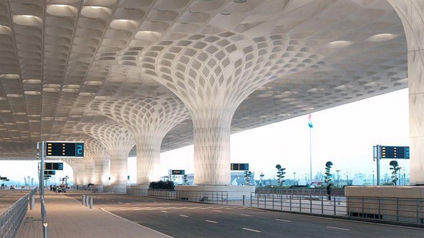 দিল্লি, মুম্বই, বেঙ্গালুরু ও হায়দরাবাদ বিমানবন্দরের বাকি শেয়ার বেচতে চলেছে কেন্দ্র