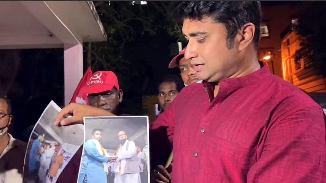 WB Election 21: কসবায় জাভেদ খানের বিরুদ্ধে টাকা ছড়ানোর অভিযোগ বাম প্রার্থী শতরূপ ঘোষের