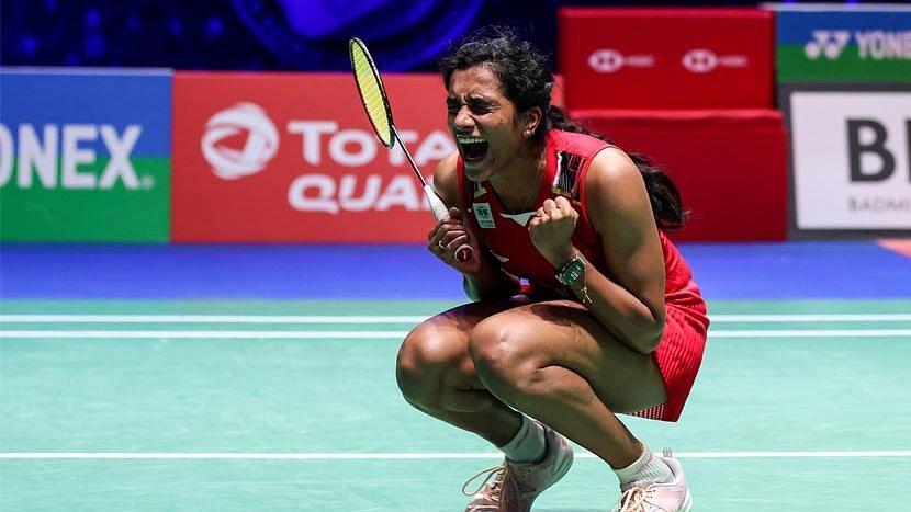 Badminton: অল ইংল্যান্ড ওপেন ব্যাডমিন্টনের সেমিফাইনালে পি ভি সিন্ধু