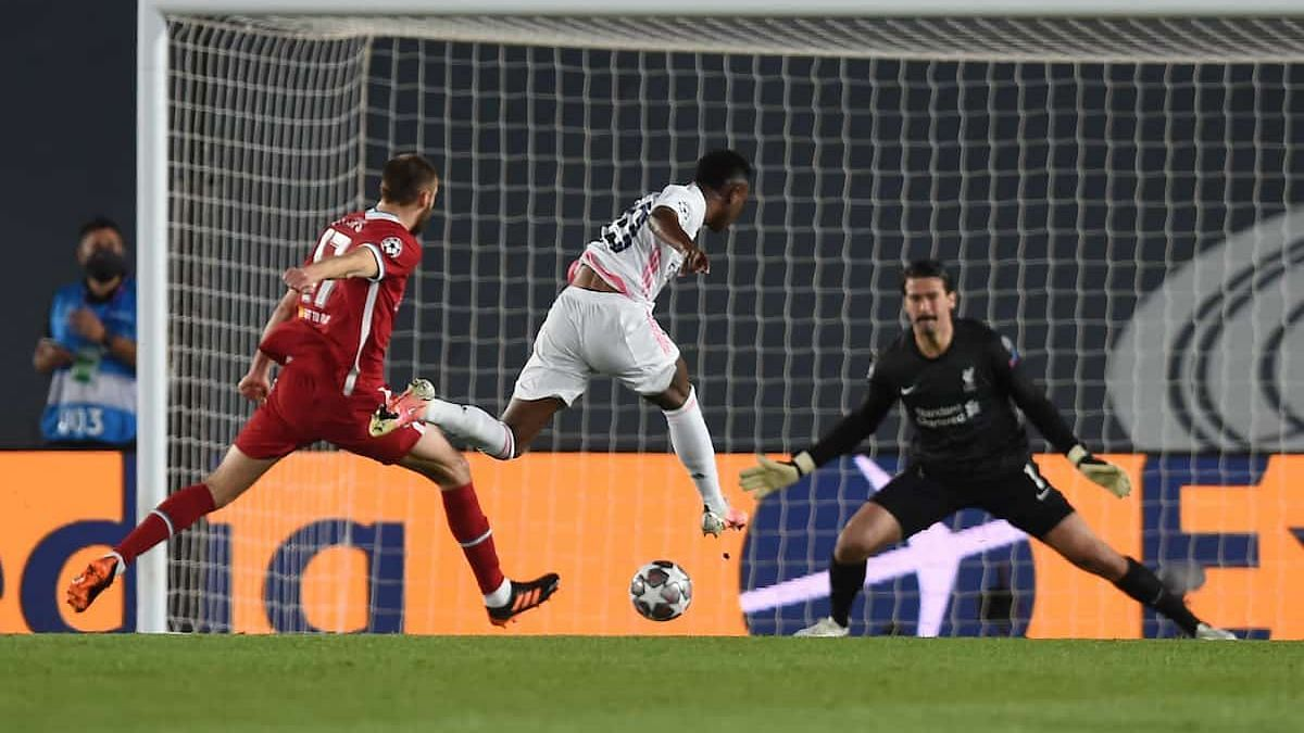 UEFA Champions League: লিভারপুলকে ৩-১ ব্যবধানে উড়িয়ে দিলো রিয়েল মাদ্রিদ