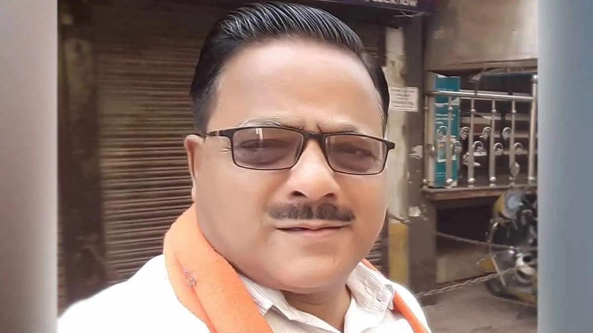 """কোভিশিল্ডের দাম - সিরামের CEOকে """"ডাকাতের"""" সাথে তুলনা করলেন উত্তরপ্রদেশের BJP বিধায়ক"""