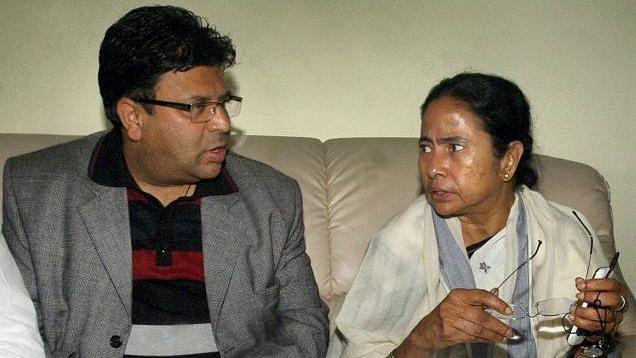 WB Election 21: ভোটার তালিকায় নাম নেই, সারাদিন গৃহবন্দী একদা বিজেপি ঘনিষ্ঠ রোশন গিরি