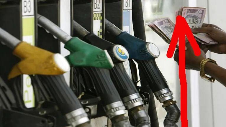 Petroleum Price Hike: লাগাতার ৭ দিন, কলকাতায় ১০৫ ছাড়ালো পেট্রোল