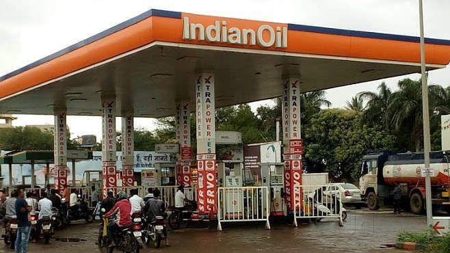 Petrol Diesel Price Hike: মুম্বাইতে ১০০-র পথে, লাগাতার চতুর্থ দিন দেশজুড়ে বাড়লো পেট্রোপণ্যের দাম