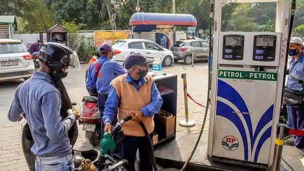 Petrol Diesel Prices: টানা তিনদিন ঊর্ধ্বমুখী পেট্রোল-ডিজেলের দাম
