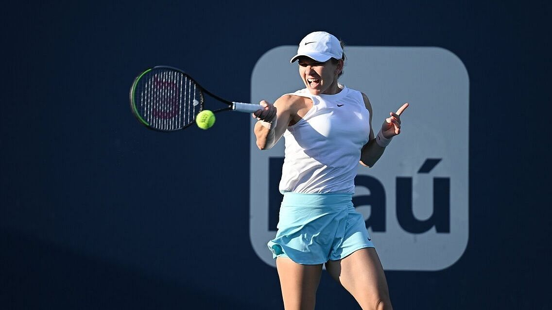 French Open: চোটের কারণে প্রতিযোগিতা থেকে সরে দাঁড়ালেন সিমোনা হালেপ