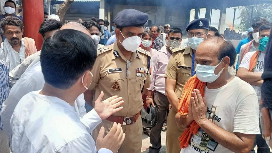 Uttar Pradesh: রাষ্ট্রপতির কনভয়ের জন্য রাস্তা বন্ধ, অসুস্থ মহিলার মৃত্যু, ক্ষমা প্রার্থনা পুলিশের