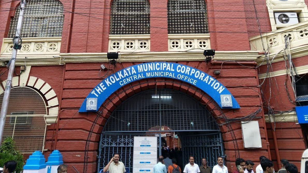 কাজের পরিধি বাড়লেও স্থায়ীকর্মীর সংখ্যা কমেছে কলকাতা কর্পোরেশনে, শূন্যপদ ২৭ হাজার