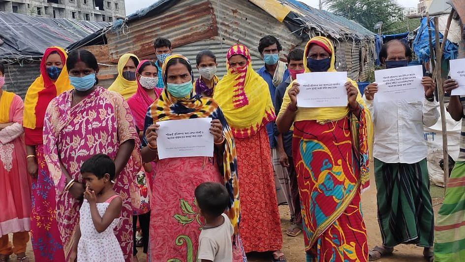 Bengaluru: লকডাউনে বিপর্যস্ত - ইয়েদুরাপ্পা সরকারকে স্মারকলিপি পরিযায়ী শ্রমিক ইউনিয়ন IMFK-এর