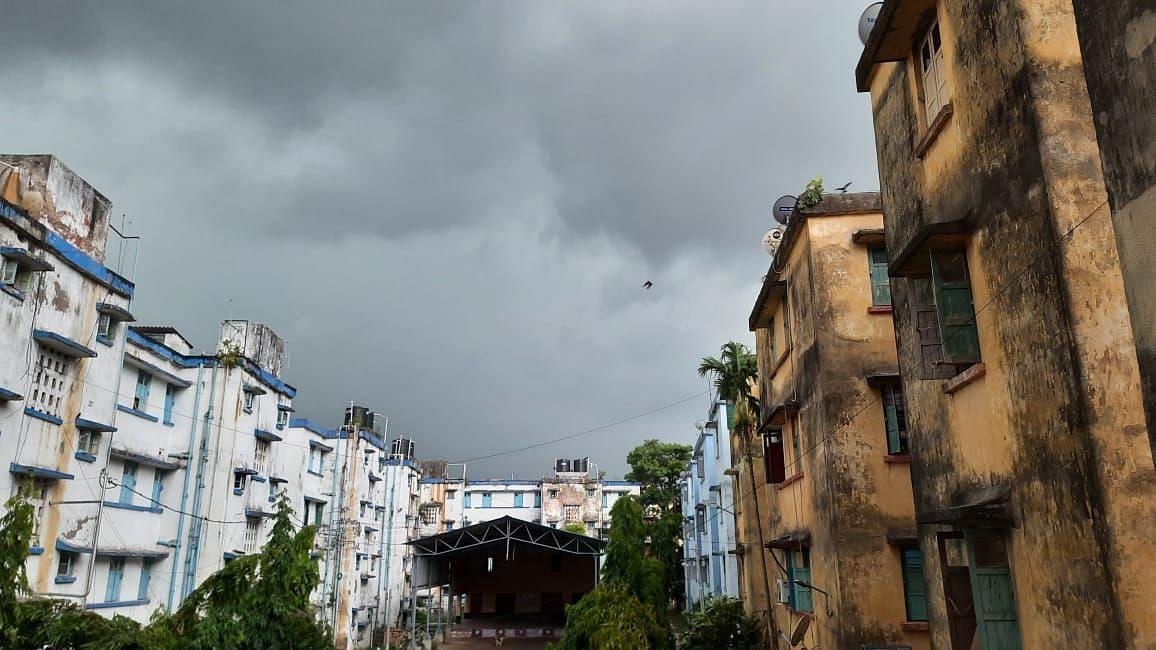 West Bengal: বজ্রবিদ্যুৎ সহ প্রবল ঝড় বৃষ্টির সম্ভাবনা - সতর্কবার্তা আবহাওয়া দপ্তরের