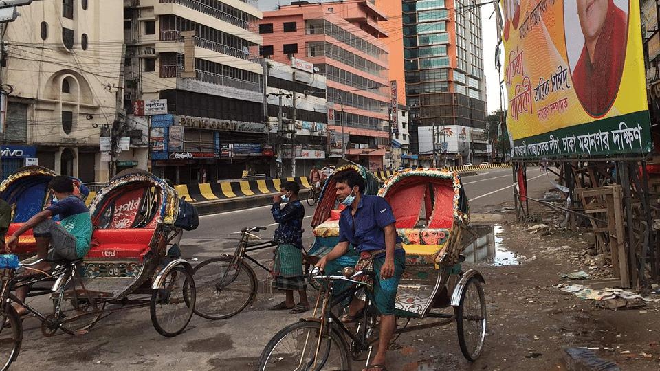 বাংলাদেশে করোনা, লকডাউন ও শ্রমজীবী মানুষের ভোগান্তি
