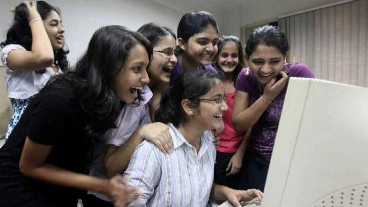 WB Madhyamik 21: রেকর্ডের মাধ্যমিক, ১০০% পাশ, ৯০% প্রথম বিভাগে, ৭৯ জন প্রথম