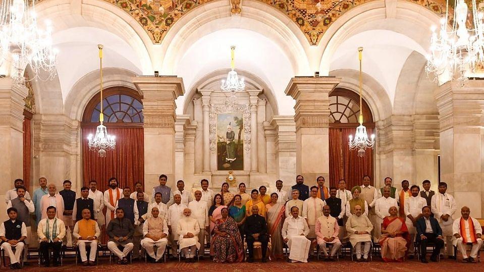 Cabinet Reshuffle: এক নজরে দেখে নিন মোদীর নতুন মন্ত্রিসভায় কার কোন দপ্তর