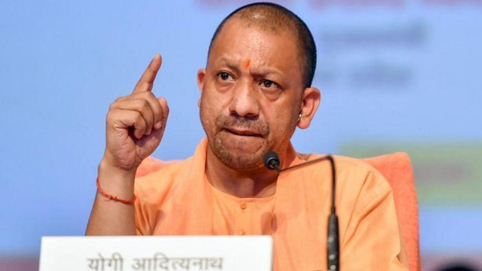 Uttar Pradesh: রাজ্যে প্রশাসনিক ব্যবস্থা সম্পূর্ণ ভেঙে পড়েছে - খোলা চিঠি প্রাক্তন আমলাদের