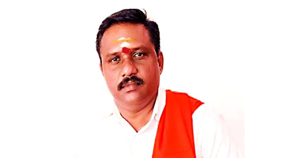 Kerala: চাকরি দেওয়ার নামে কোটি কোটি টাকা প্রতারণা, অবশেষে আত্মসমর্পণ পলাতক বিজেপি নেতার