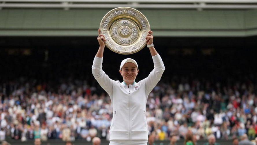 Wimbledon: ক্যারোলিনা প্লিসকোভাকে হারিয়ে মহিলাদের সিঙ্গলস খেতাব অ্যাশলে বার্টির