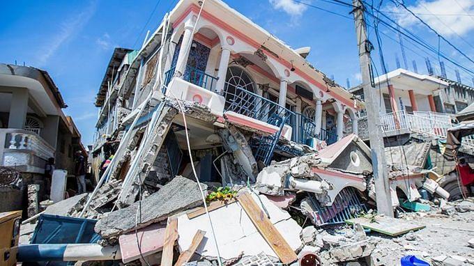 Haiti: ভূমিকম্পে মৃতের সংখ্যা বেড়ে ১,২৯৭, দুর্গতদের উদ্ধারে হাত বাড়ালো চিলি, কিউবা
