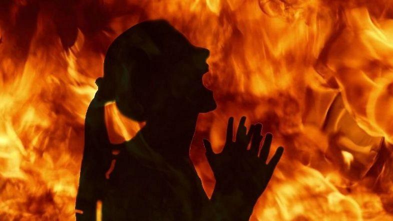 ধর্ষণের অভিযোগ তোলা মহিলার মৃত্যুতে আরও সমস্যায় জেলবন্দী সাংসদ