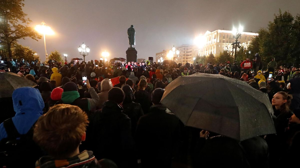 Russia: ৩২৪ আসন পেয়ে জয়ী ক্ষমতাসীন ইউনাইটেড রাশিয়া, নির্বাচনে কারচুপির অভিযোগে সর্বত্র বিক্ষোভ