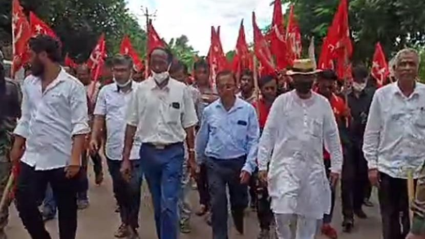 Tripura: মাণিক সরকারের কনভয়ে হামলা - অভিযোগ BJP-র বিরুদ্ধে, বাম কর্মী সমর্থকদের প্রতিরোধ