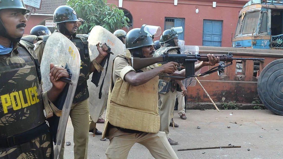 Karnataka: সিএএ বিরোধী বিক্ষোভে গুলিচালনার ঘটনায় পুলিশকে ক্লিনচিট রাজ্য সরকারের