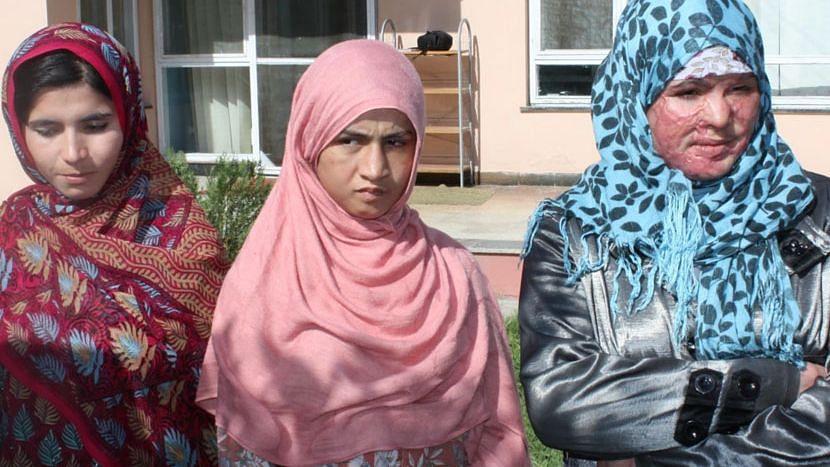 আফগানিস্তানে তালিবানের ভয়ে বন্ধ হয়ে যাচ্ছে মহিলাদের শেল্টার হোম