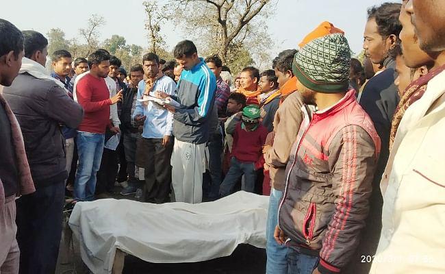 Jharkhand : गढ़वा में हाथी के हमले में बालक की मौत से गुस्साये लोगों ने सड़क को किया जाम