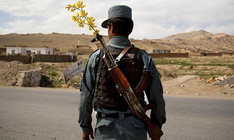 मतदाताओं की अंगुलियां काटने वाले तालिबानी को पुलिस ने उतारा मौत के घाट